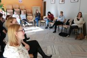 Konstruktywne sposoby na uczniowskie konflikty - jak być przewodnikiem a nie arbitrem?